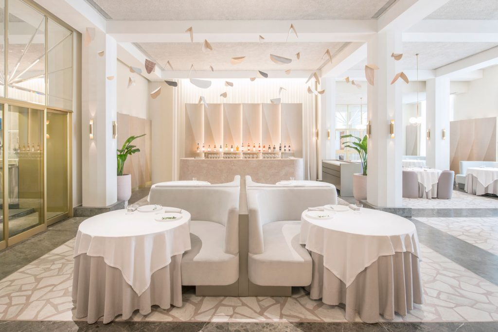 Odette Restaurant Singapore by Universal Design Studio Yellowtrace 02