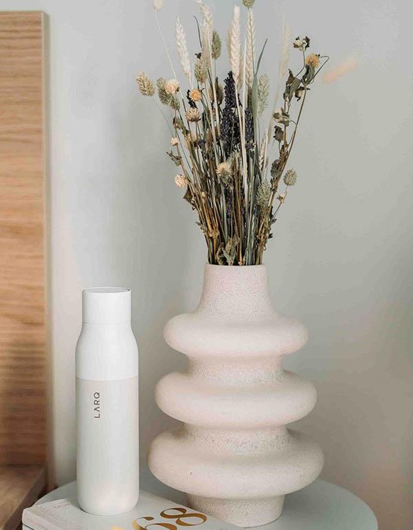Simple scandinavian decoration vase