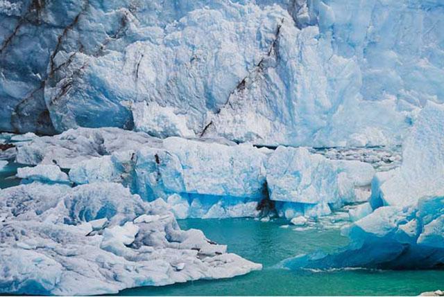 Glacier patagonia torres del paine