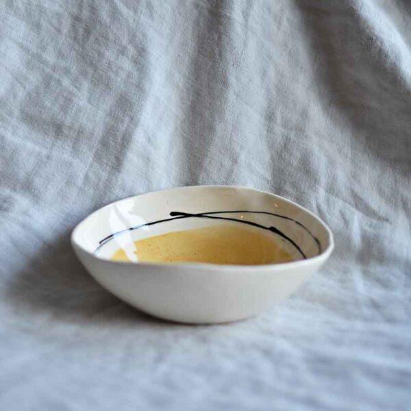 Porcelanova kupa grafichna cvetna 350 ml