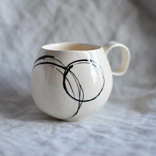porcelanova chasha za kafe grafichna circle5