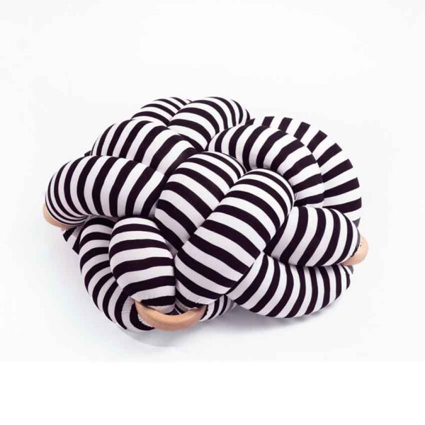Black and white knot pouf4